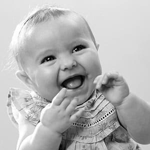 Agence Photo : Studio bébé sourire