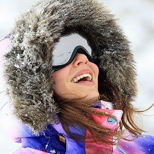 Portrait d'une femme au Ski