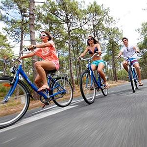 Agence Photo : Tourisme Vélo dans les Landes - Photos avec Figurants