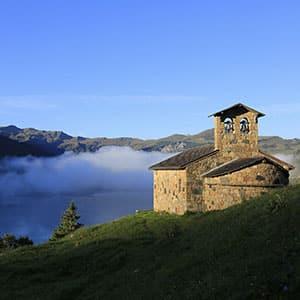 Agence Photo : Eglise Montagne Illustration Nature