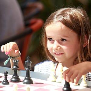 Agence Photo : Illustration Fille échecs
