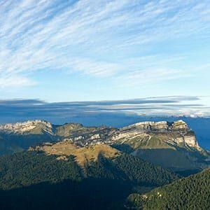 Photo aérienne d'un paysage de Chartreuse en Isère