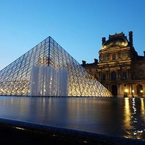 Agence Photo : Pyramide du Louvre