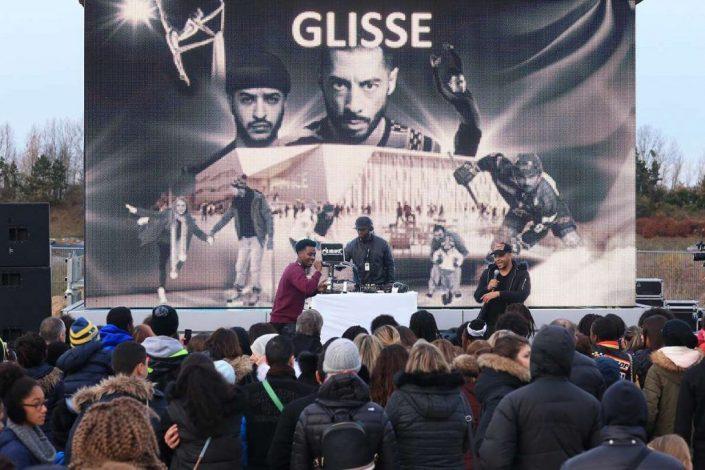 Groupe en concert de rap à l'Aren Ice
