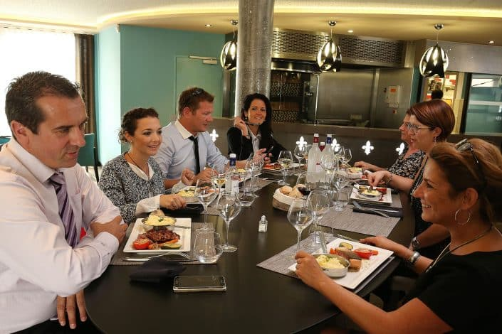 Photographe Incentive - Restaurant Gastro en groupe